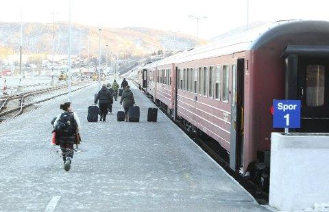 Fra Trondheim kommer det færre passasjerer. Men fra Saltdal øker antallet kraftig.