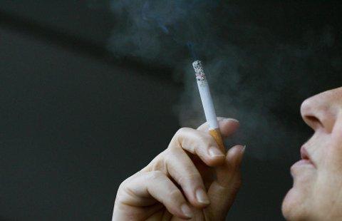 Nå kan røyking bli forbudt enda flere steder. Illustrasjonsbilde