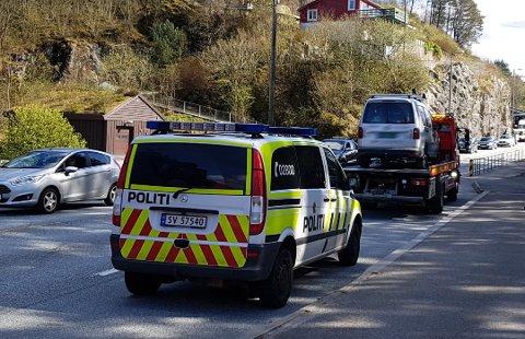 En av passasjerene fikk nakkesmerter som følge av trafikkuhellet.