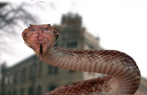 Jens O Simensen er den andre jokeren, ifølge Zwart som mener Simensen er slangen som gjør drittjobben «på gølvet» og i media.