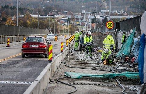 Stenges: Rehabiliteringsarbeid gjør at Fredrikstadbrua stenges i fem netter.