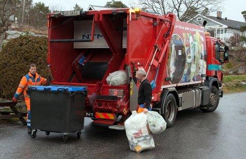 Streiken har ført til etterslep på søppelhentingen. Men de som ikke har fått hentet søpla den siste uke må likevel vente til neste ordinære hentedag.