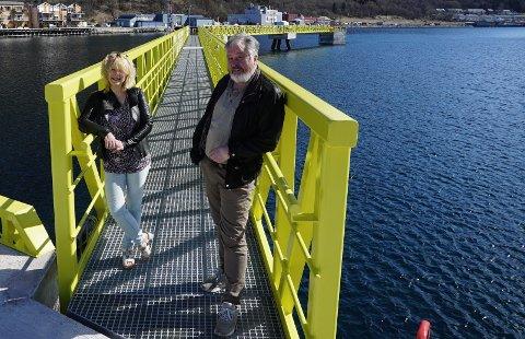 BROBYGGERE: Grethe Parker og Rune Arnøy håper å kunne bygge en samferdselsbru mellom øst og vest via Narvik. Tirsdag møter de fylkesrådet.