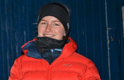 UT I KULDA: Mia Helene Falch måtte ut i vinterværet. Det var helt ok for hennes del.