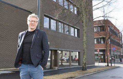 ÅPNER KONTOR: Geir Nøsterud i Huseiernes Landsforbund frykter ikke boligprisfall i Kongsvinger framover. Foto: Per Håkon Pettersen