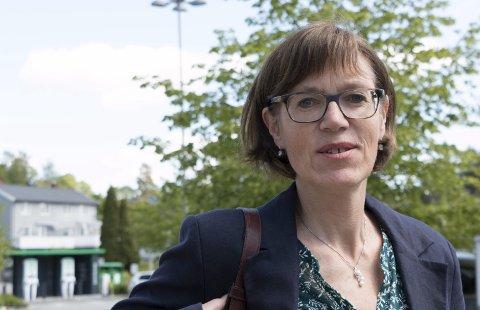 MER ÅPENHET: Kommunepolitiker Inger Noer (V) tror et kommunalt lobbyregister vil gi mer innsyn og større forståelse. – Åpenhet er alltid bra. Det er nyttig om alle får informasjon om hvem som til enhver tid prøver å påvirke politikerne, mener hun.