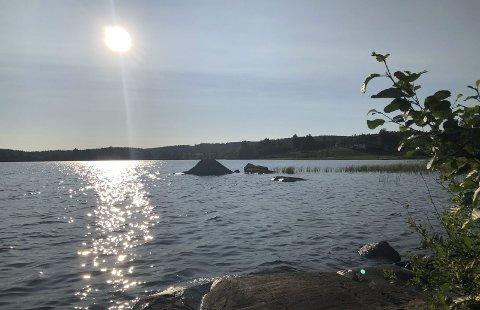 NYDELIG: «Solskinn over Nessjøen». Bildet er tatt av Heidi Sivertsvik.