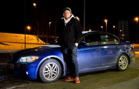 Kristian Melgårdsbakken (22) eier tre biler og er en ekte bilentusiast.