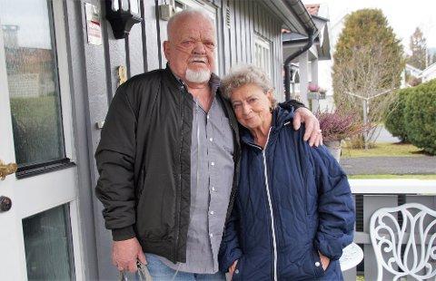 STØTTER HVERANDRE: Uten Laila hadde jeg ikke kunne vært hjemme, sier Olav. Laila gjør det hun kan for mannen.