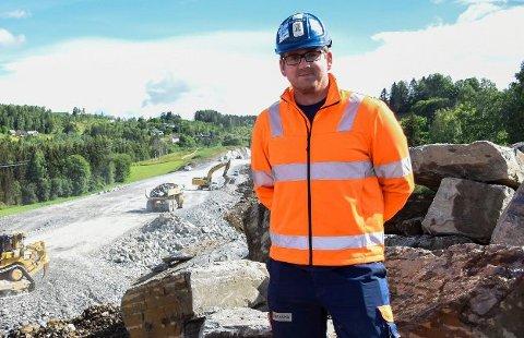 SMITTE UNDER KONTROLL: Prosjektleder Ole Petter Jensen i Skanska sier at de nå har smittesituasjonen blant E16-arbeiderne sine under kontroll.