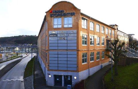 Skotøy-historie: En ikke ubetydelig del av Halden skotøyhistorie sitter i veggene i bygningen som nå skal fylles med en rekke forskjellige aktiviteter.Foto: Steinar Omar Østli