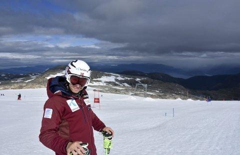 I JONDAL: Henrik Kristoffersen er blant alpinistene som prikker inn vinterformen i Jondal denne sommeren.