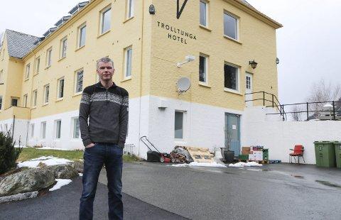Trolltunga Hotel: Hotelleigar Jostein Soldal håpar å ha nye gjesterom              på plass til sommarsesongen og ny restaurant på plass til julebordsesongen. Arkivfoto: Synnøve Nyheim