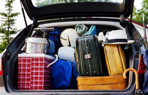 HALVPARTEN: - Finn fram alt du vil ha med, og ta vekk halvparten, er rådet fra campingveteranen Jørgen Eirik Snoen.