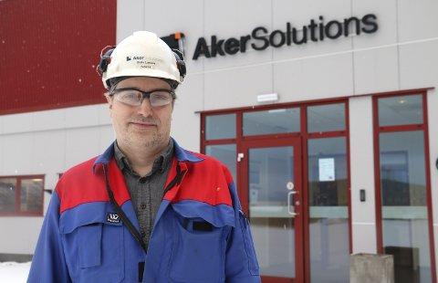 OPTIMISME: Plassleder  Gisle Larsen ved Aker Solutions fabrikasjonsanlegg i Sandnessjøen er fornøyd. 13 ansatte er på plass på Strendene, og det regnes på stadig nye jobber. Foto: Jill-Mari Erichsen