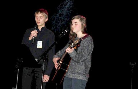 Duett: Sander Konradsen og Silje Johansen i duett.