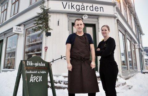 Hege Nymoen Tørrissen og Per Theodor Tørrisen i Matkollektivtet Vikgården begjærer seg selv konkurs.