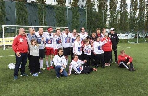 PÅ TURNERING: Halsøy Tigers har igjen vært på turnering i Trondheim. RBK Cup med kamper like bak brakka på Lerkendal er stor stas hver gang. FOTO: PRIVAT