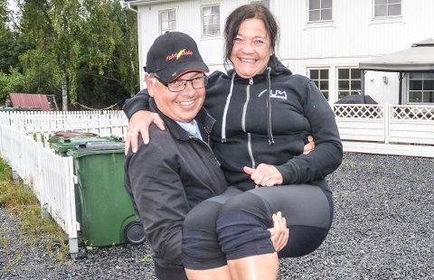 KLAR FOR MASSASJEBENKEN: Elisabeth Melby Hagen videreutdanner seg som massør og trener allerede på ektemannen Jan Tore.