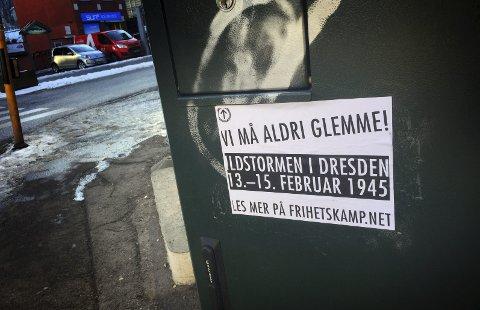 Aksjon i Holmestrand: Nasjonalsosialistiske plakater, klistremerker og flyers er satt opp og delt ut i Holmestrand den siste tiden.foto: Jarl Rehn-Erichsen