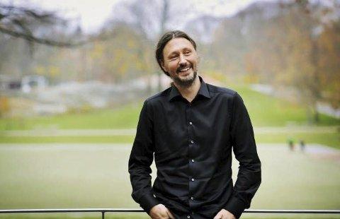 Til Drangedal: Visesangeren Oscar Danielsson fra Sverige er først ut blant artistene i Tokestua denne våren, og spiller lørdag 11. februar.