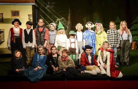PREMIERE: Torsdag er det klart for «Askeladden og de gode hjelperen» med barneteaterets Minigruppe.