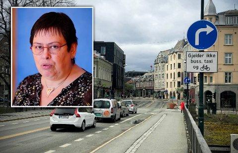 IKKE ENIGE: I Rita Otterviks parti er det mange som mener at det bør bli vanskeligere å være bilist i sentrum, selv om de har programfestet noe annet.