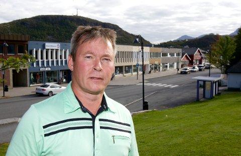 Skjervøy-ordfører Torgeir Johnsen vil sparke kommunerevisjonen.  - KomRev Nord gjør ikke jobben godt nok, mener ordføreren.Foto: Ola Solvang
