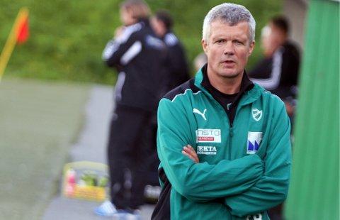KRITISK: TILs tidligere cuphelt Tore Rismo var trener for Fløyas A-herrelag fra 2012 til 2016. Han går nå hardt ut mot det som skjer rundt klubbens herrelag, og mener summen av alt peker mot at det er en regissert dekomponering.