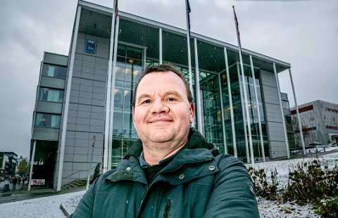 LEGGER FRAM RAPPORT: Tromsø kommune, her ved kommunedirektør Stig Tore Johnsen, legger torsdag fram årets første økonomirapport.