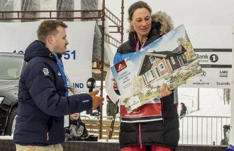 Ny hytte: Marit Beate Kasin fikk ei hytte til en verdi av vel en halv million kroner.