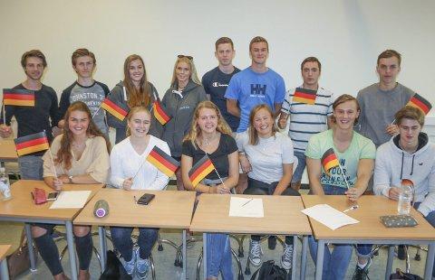 Avansert tysk: 15 tredjeklassinger får undervisning i tysk på høyeste nivå, takket være samarbeid mellom Ski og Roald Amundsen videregående skoler. FOTO: VIVI RIAN