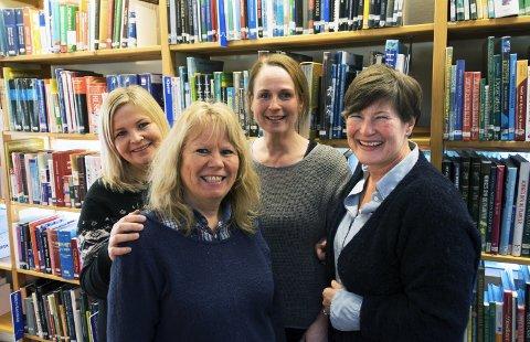 God vår: Stine Aske, Eileen Ødegaard, Benedikte Gjone og Mette Gjerdrum gleder seg til en ny vår med mange arrangementer på biblioteket.foto: Per Albrigtsen