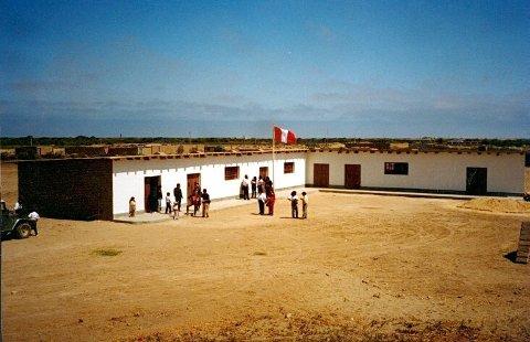 Barnehjemmet i Peru ble bygget av Dag Petter Svendsen og tilført midler fra skoler, organisasjoner og privatpersoner fra Larvik og andre steder i landet.
