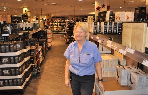 FORNØYD: Line Haugland liker de travle dagene på jobben.