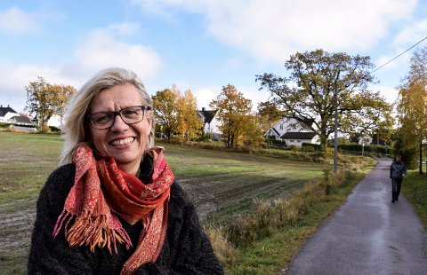 FATTER IKKE: Lene Laurisen Kjølner kan ikke fatte at flere ikke bruker munnbind når de er ute og handler. Spesielt de eldre er verst, mener hun.