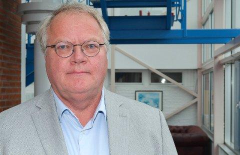 KRITIKK: Pasient- og brukerombud Tom Østhagen kritiserer klagebehandlingen i Sykehuset Innlandet. Samtidig understreker han hvor viktig normal høflighet er i behandlingen av pasientene. (Foto: Bjørn-Frode Løvlund)