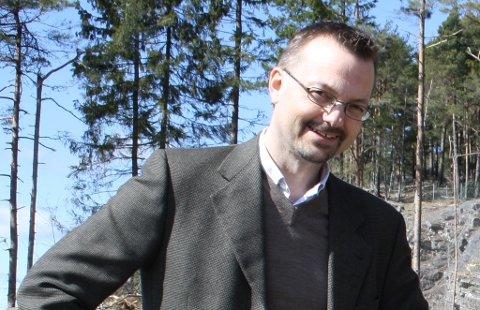 Lars Christensen i PBBL er fornøyd med at 12 av 14 boenheter i Amundahegen på Heistad allerede er solgt.