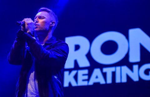 Roanan Keating avsluttet den første Ifjord-festivalen i 2018 med allsang. Regnskapet for festivalen viser at den var dårlig butikk for arrangørselskapet Ifjord AS. Etter konkursen i selskapet har det kommet inn krav til boet på over 1,8 millioner kroner.