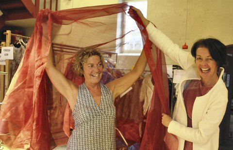 Spente: Solist Anna Otervik og operasjef Kari Bekken gleder seg til å framføre en helt ny oppsetning av «Carmen» i november. Foto: Dorthea Mørkved Glorud