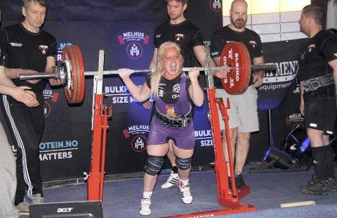 Jubler: Brumunddal Atletklubb skal arrangere Vesteuropeisk mesterskap i 2018. Ledere og utøvere i klubben jubler over tildelingen. Hilde Mikkelsen Haugen er en av flere medaljekandidater fra arrangørklubben.