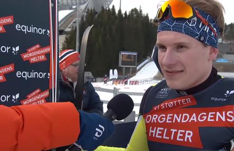 Meget fornøyd: En godt fornøyd Jonas Vika fra Brumunddal etter det den imponerende andreplassen i Norgecupen. Han intervjues av skiforbundets Pål Rise som også kommer fra Brumunddal.