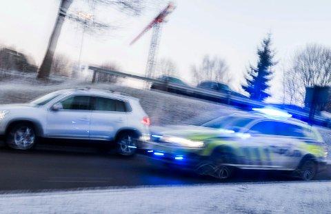 Kvinnen må i fengsel etter at hun kjørte alt for fort på vei til jobb. Illustrasjonsfoto: Frode Johansen