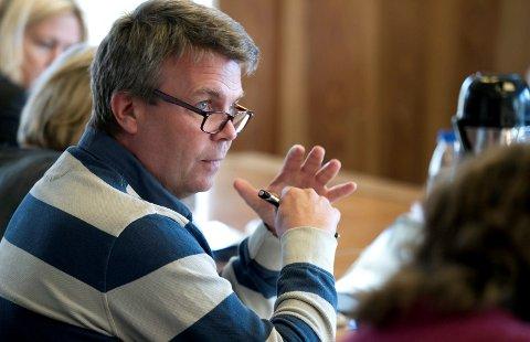Varaordfører Dag E. Henaug skal framover være varaordfører i halv stilling.
