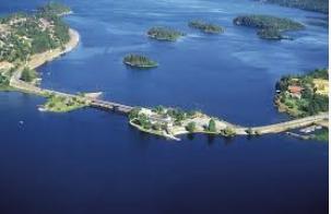 KROKSUND: - At betydningen av veisperringen her mellom fjordene forbigås, er for meg uforklarlig, sier Kåre Bech.
