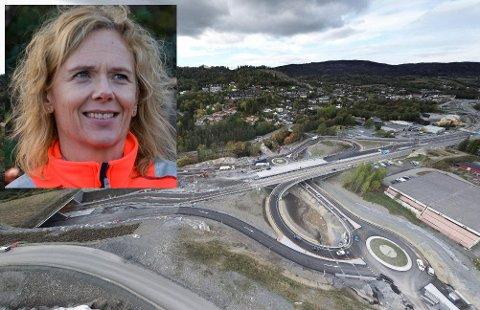 ÅPNER SNART: Slik så det ut i fjor høst på E16-anlegget ved Sandvika. Nå lover prosjektleder May Bente at veien så å si klar til bruk.