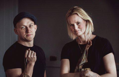 LOKALMAT: Kristoffer Evang og Anne Marte Ruud Evang har vunnet flere priser for lokalmaten de produserer.