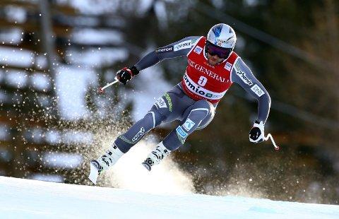 LANGT BAK: Aksel Lund Svindal endte utenfor topp ti i utforrennet i italienske Bormio fredag. FOTO: AP