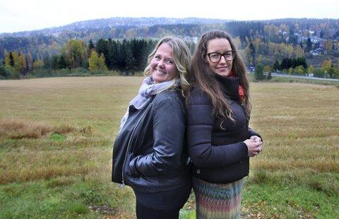 GRENSEJUSTERING: Ordfører Marianne Grimstad Hansen (t.h.) og Sørum mener det må ta hensyn til Auli-bebeoernes egne ønsker. Nes-ordfører Grete Sjøli liker nok den holdningen.