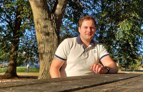 BOLIGDRØM: I fjor flyttet Andreas Hoff (27) tilbake til hjembyen Sandefjord. Han drømmer om å komme seg inn på boligmarkedet her etter hvert. Enn så lenge leier han bolig, mens han sparer opp egenkapital.